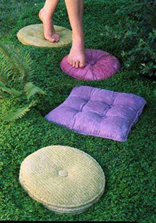pillow-stones