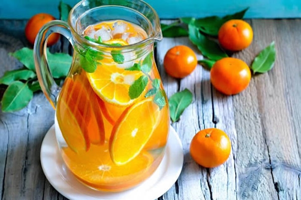 it-is-worth-a-try-refreshing-drink-to-help-you-both-cleanse-the-organism-and-lose-some-weight
