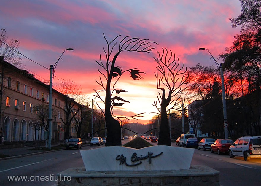 25 Of The Most Creative Sculptures And Statues From Around The World (18)