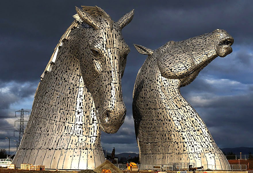 25 Of The Most Creative Sculptures And Statues From Around The World (22)