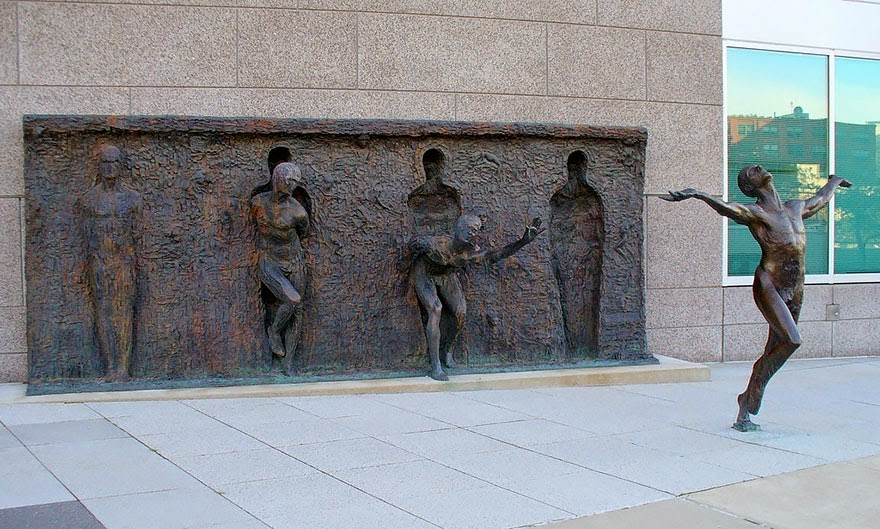 25 Of The Most Creative Sculptures And Statues From Around The World (4)
