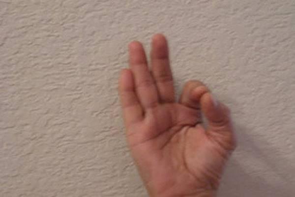 hand-yoga_1-622x468