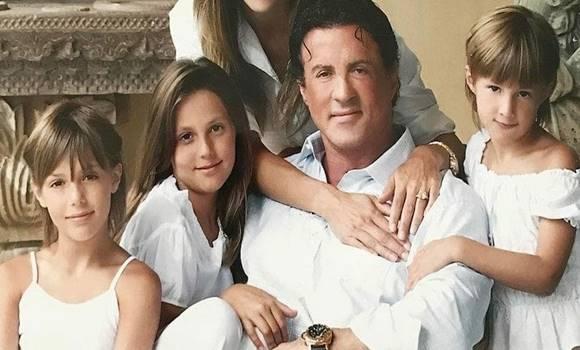 Ezt látnod kell! Sylvester Stallone gyönyörű lányai felnőtté váltak – így néznek ki most!